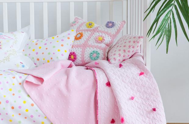 ropa cama rosa 2